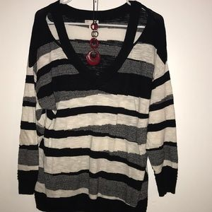 Cato Striped Sweater w/red necklace 18/20